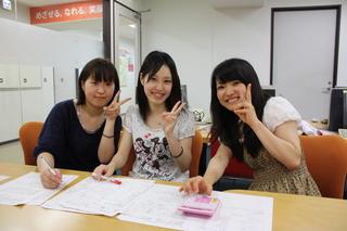 学生笑顔3名.JPG